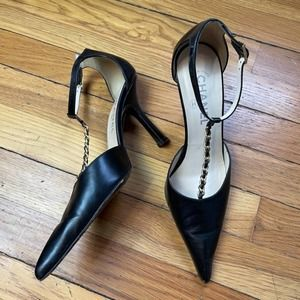 CHANEL Black Pointy Toe Chain T-strap Pumps